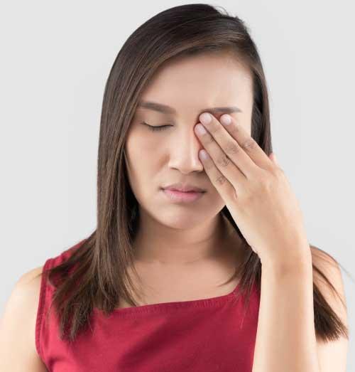 Treatment of blepharitis