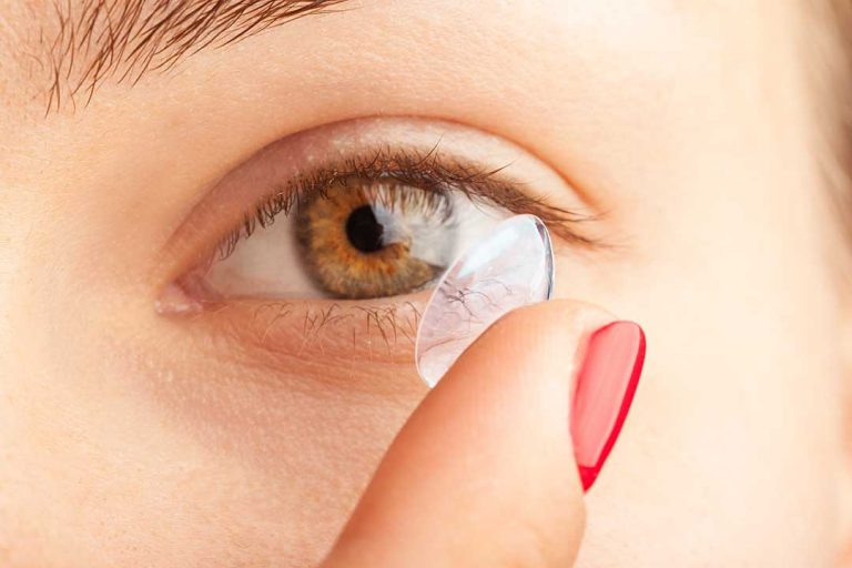 What are the benefits of wearing contact lenses