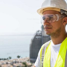 Men's eye health – are you wearing your safety glasses?