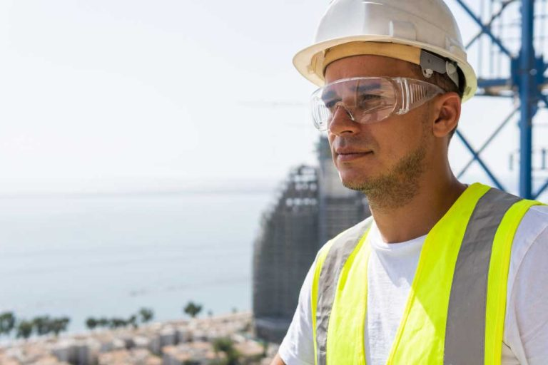 Safety glasses and men's eye health